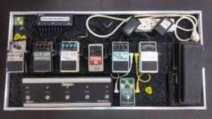 přepravní obal transport-case na kytarové efekty, pedalboard, boss, chorus, reverb, tuner, rectifier