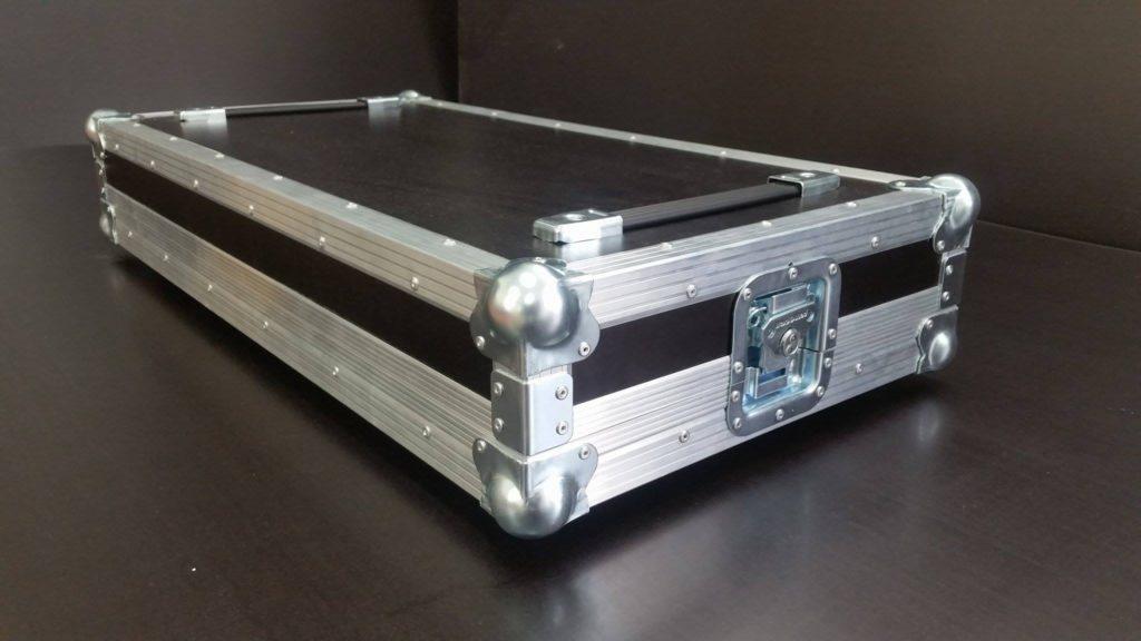přepravní obal transport-case na kytarové efekty, pedalboard
